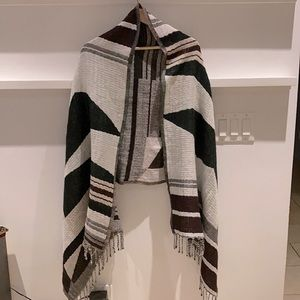 Wilfred Colour-block Blanket Scarf